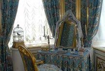 Vanity dressers and vanity sets / Vanity sets and vanities / by DIANA REHNER