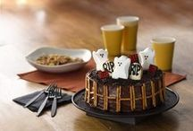 Hauntingly Delicious Halloween / Express Your PEEPsonality™ with these fun and creative PEEPS® inspired recipe, craft and party ideas for Halloween! / by PEEPS® Brand