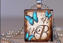 Jewelery Crafts and Ideas / by Jennifer Baggett