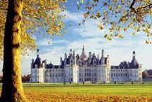 Discover Loire Valley ~ Viva La France! / Planning a getaway to the magical valley of Loire? Come and explore France with RoutePerfect.  Click here to get some great trip ideas and start planning! RoutePerfect.com