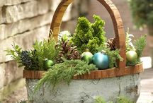 Christmas / Good eats, decor and fun times! / by Joy Breese Holz