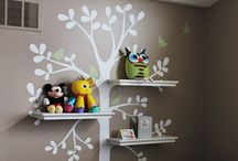 Ideas for Kiddo's rooms / Decorating the kids' rooms / by Hollie Brown