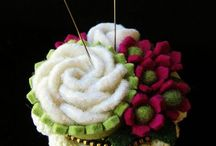 Pincushions and Needlecases / by Donna Squared