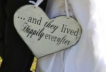 Imagining my DREAM wedding / by Ebonie Brace