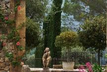 Gardens and Garden Statues / by Kim Hellinga Hammar