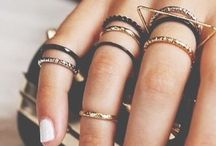 Statement jewellery