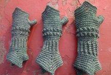 mitones y gloves / by maria sierra