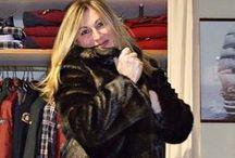 Inverno in pelliccia / Pelliccia ecologica, calda e raffinata, per esaltare la femminilità di ogni donna.  Per tutte le taglie.  Per informazioni chiamaci allo 059 375120. Spedizioni in tutta Italia.