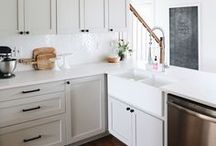 Light and Bright Interiors / Light bright decorating, light bright decor ideas, light bright living room,light bright kitchen, light bright patterns,shades of white, white paint, fresh interior