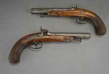 Militaria / Armes de collection ou fonctionnelles, l'étude Ouest Enchères Publiques propose régulièrement des ventes militaria.