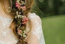 ✣ Flowers in Hair ✣
