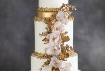 Wedding Cakes & Sweets / Wedding cakes, macaroons, candies, and other confectionery goods