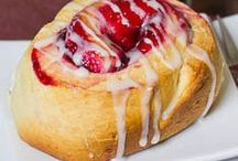 Sweet breads, pastry, coffee cakes / by Debra Bailey