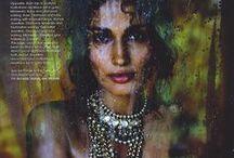 Desi girl / #Indian #Fashion #Style #Saree