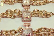 PARFUM N 5 y PARFUM N 1 / Pulsera con doble eslabón dorado