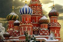 Russia / Wintry Moscow, as I always wish to visit it.