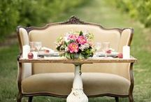 Table Setting Inspiration / Beautiful, neat ideas to incorporate into your next party or dinner for 2