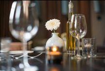 DrinksandBites / Brasserie DrinksandBites, het eigenwijze zusje van het met een Michelin ster bekroonde restaurant O Mundo. DrinksandBites heeft een Mediteraanse inrichting waarin u zich heerlijk kunt ontspannen en genieten van een heerlijk diner. Eerlijke gerechten van top kwaliteit van dagverse producten geïnspireerd door moeder natuur, wij kunnen u voorzien van passend wijn advies per glas of kijk in onze wijnkast met + 80 soorten wijn uit de gehele wereld. En dit alles tegen aangename prijzen.