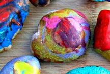Melted Crayons / Have some colorful, messy fun when you melt Crayola crayons into these amazing DIY crafts.