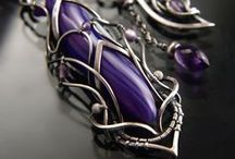 Wire Jewelry: Necklaces / Wire necklace and pendant inspiration. / by Natalie B