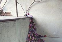 Planting Flowers    FLUROJUNKIE.COM / Inspiration concerning floral art, floral installations & anything else fluer related.