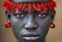 Usi - Costumes / Costumes and Traditions from the world Usi e costumi dal mondo
