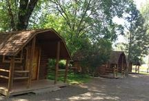 KOA Campground - Gold Hill / Looking for a cozy, fireside place to stay during your time in the Rogue Valley?  The KOA is a fun, easy, comfortable campground that provides lodgings, RV spaces, riverside walks, wreck rooms, a swimming pool, and so much more!
