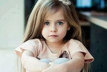 Móda pro děti / Oblečení po starších sourozencíh a jiných příbuzných může být fajn, ale proč se i trochu neinspirovat něčím originálním? Vaše dítě jak z módní přehlídky? Proč ne!