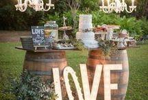 rustic   barn   backyard wedding inspiration / rustic, barn, backyard, back garden wedding styling inspiration