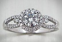 Engagement Rings / Find the perfect ring for you!