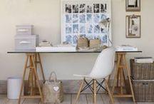 ESCRITORIOS / Un #escritorio para poder desconectar y #trabajar desde casa, es fundamental establecer un lugar de trabajo en un lugar tranquilo, con unos #muebles cómodos y que cumplan nuestras exigencias de funcionalidad, las mismas que trasladamos a nuestro trabajo.