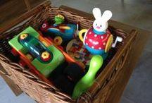 Magic Toy Box / http://www.thesantai.com/