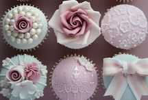 Everybody Loves Cupcakes! :-)