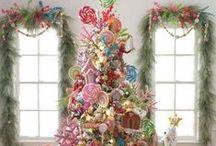 Arbol de Navidad / Ideas lindas, soluciones originales, tips, adornos y datos para hacer el más lindo árbol de Navidad.