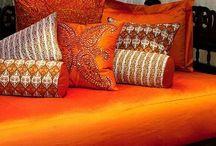 Orange Shade / Moor Orange vibrates to the physical and mental world.