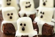 Halloween Food Delights! / Spooktacular treats to make with kids (or by yourself!) - for a ghoulish party!  If you need some more help, get in touch with stephanie@foodzeennottingham.com for some more themes and inspiration!