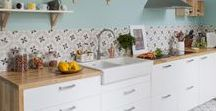 Nouvelle cuisine / Inspirations de décoration et rénovation pour nouvelle cuisine, ambiance blanc et bois.