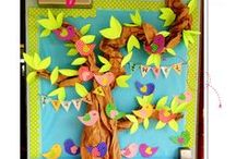 Class Decor / Class decorations to brighten up your class for the school year! Diy ideas and other simple crafts.