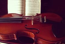 Violin:) / I am a unknown and simple violinist....and play it makes me forget everything...