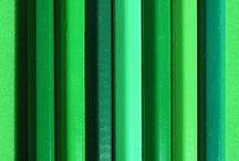 GREEN POWER / Retrouvez nos bijoux avec les pierres vertes: jade, émeraude et péridot sur www.artipol.com  #inspiration #green #vert #jade #emerald