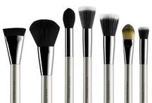 Blogs / Blogs about our upcoming new products and deals that we have in store for you. Also amazing blogs about our brushes.