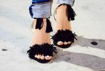 Shoes / Fashion, Fashion Blogger, Blog, Style, Style Blog, Lifestyle, Lifestyle Blogger, Ideas, Fashion Inspiration, Moda, Trendy, Chic, Elegant, Fashionista, Fashionable, Modern, Outfit Ideas, Outfits, Blogger, Women's Fashion, Women, Pretty, Shoes, Heels, Boots, Pumps