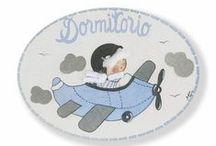 Colección Nubes-Mini placas de puerta artesanales / Colección Nubes de Mini placas de puerta artesanales ww.kdekids.com