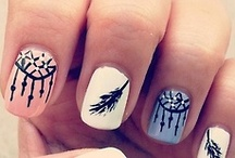 Nails / by Sanne