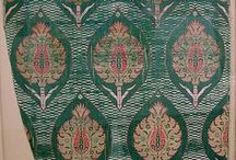 Gold / Print and Embroidery motifs