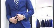 ABITI DA CERIMONIA UOMO / OUTFIT ELEGANTI UOMO L'abito da uomo  può essere composto da due pezzi (una giacca/pantalone) oppure da tre pezzi (giacca/pantalone/gilet) sempre nello stesso tessuto. Se vuoi essere sempre impeccabile indossa un abito scuro con una camicia bianca e una cravatta in tinta unita, se invece vuoi dare un tocco più moderno osa coi colori e scegline una a fantasia. Scegli il modello più raffinato per esaltare la tua eleganza.