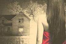 Dark Hollow Road: Book 3 / Dark Hollow Road, Book 3 in Taryn's Camera