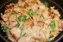 Recipes - Chicken / by Dena Prindle