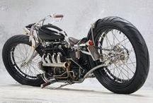 Motos customs / Des oeuvres d'arts ou des concepts sur 2 roues, la seule limite à ce tableau : l'imagination !