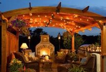 Fall Patio Decor / As the weather begins to cool, there's still time to savor the outdoor comfort and relaxation you've come to love with your patio set. Gather 'round the fire, share a story with friends and family. The Great Escape is here to keep you cozy through the fun fall nights!